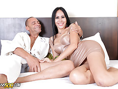 Watch sexy Asian transsexual Oday get fucked!