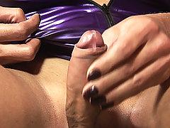 Shemale Milena Vendramine in hot latex